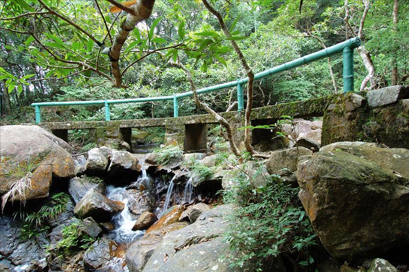 紅徑的小橋流水
