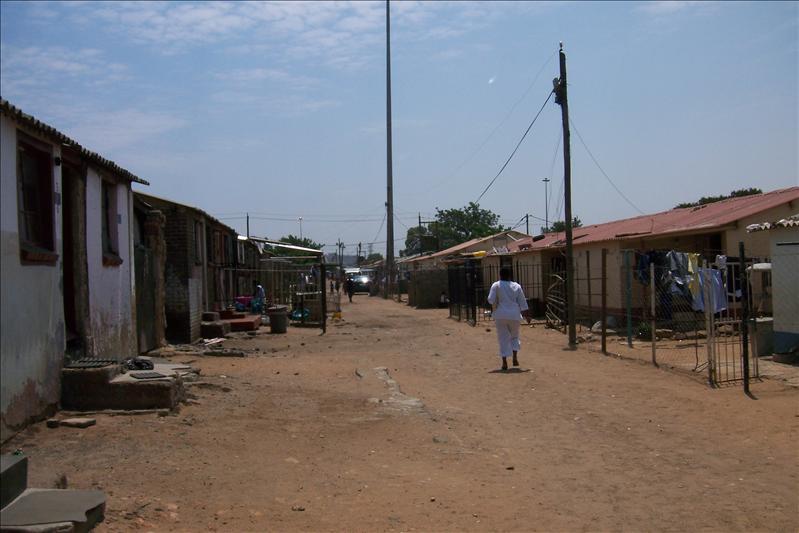 township's street / rue du township
