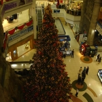 Christmas tree 3 floors long, Lamcy Plaza, Dubai, UAE