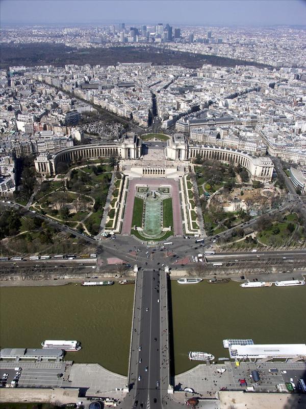 Eiffel9