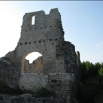 A large castle and old town at Dvigrad.