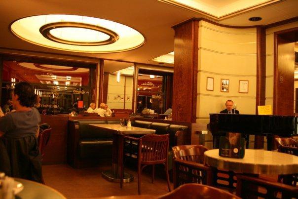 Inside Cafe Silva