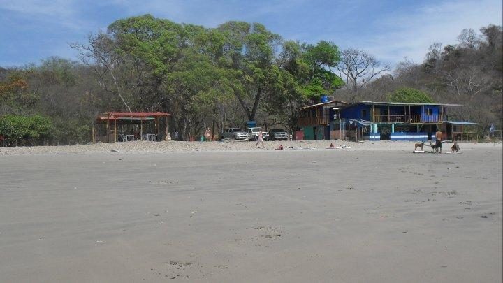 playa madera surf hostal