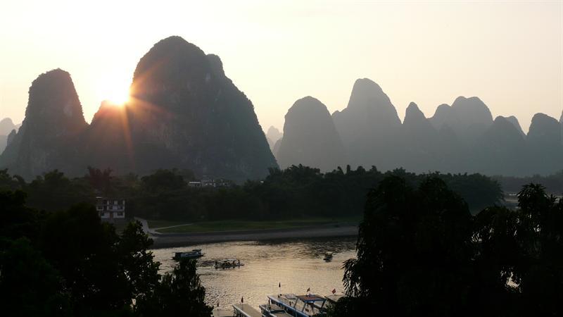 xing ping sunset