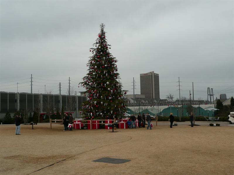 Atlanta - 可口可樂總部前的聖誕樹