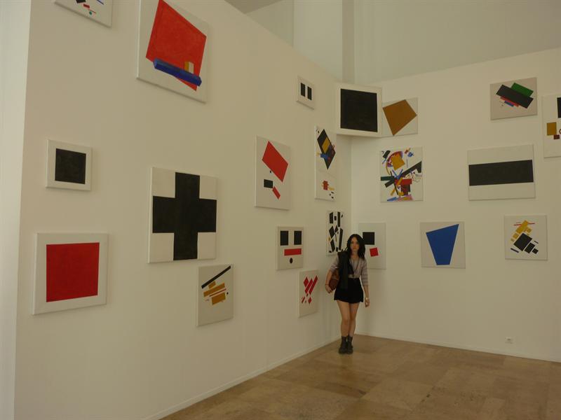 a la musee de l'art moderne
