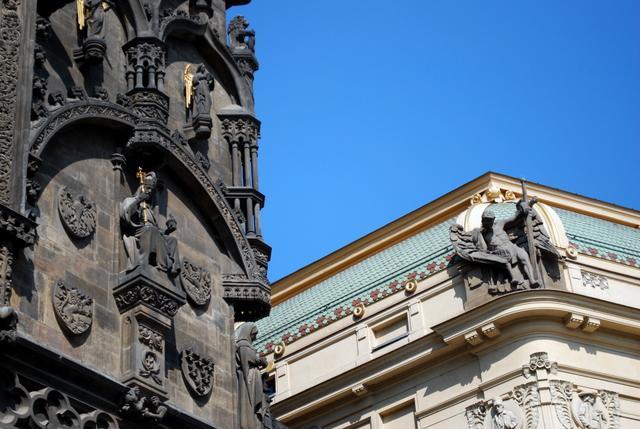 Gothic meets Art Nouveau