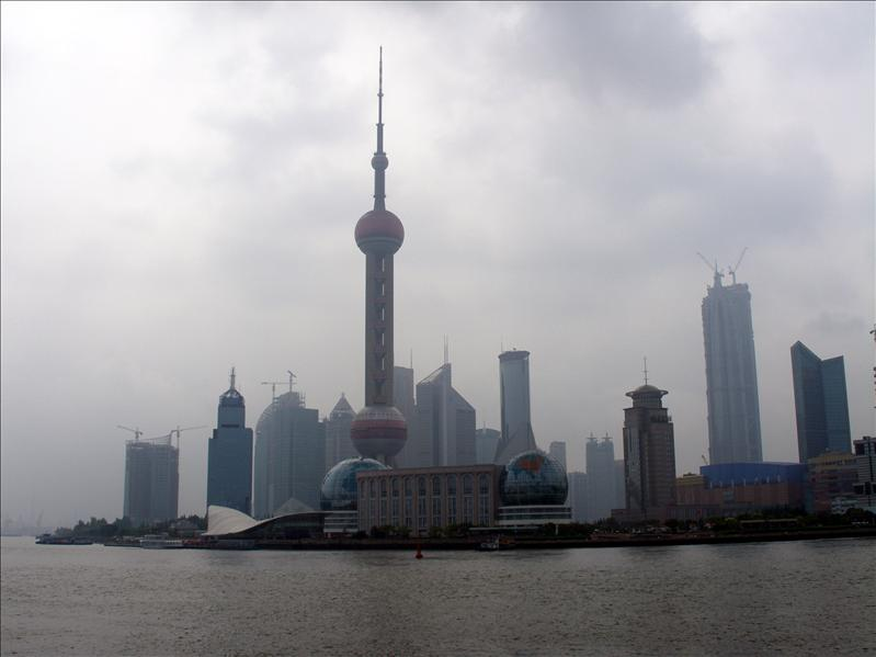 I heard about this place alot, finally here. The Bund, Shanghai.