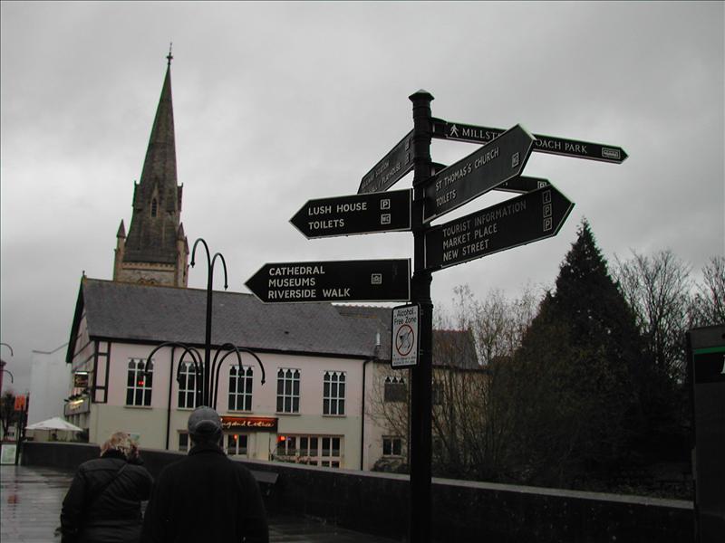 Salisbury tour on foot