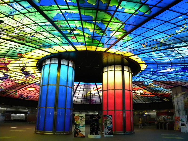 高雄美麗島捷運站光之穹頂