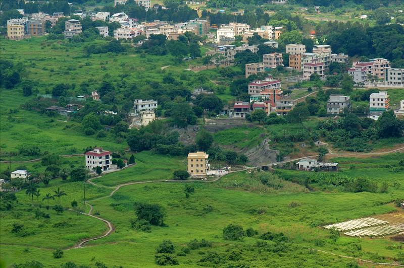村莊散落於林村山谷中