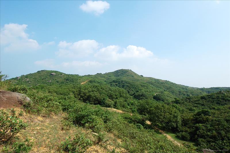 Shek Lung Kung 遠眺石龍拱山