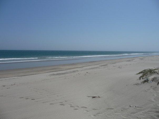 Cabo Blanco beach looking North