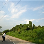 DSC_6875 盛屋村沿馬路前行.jpg