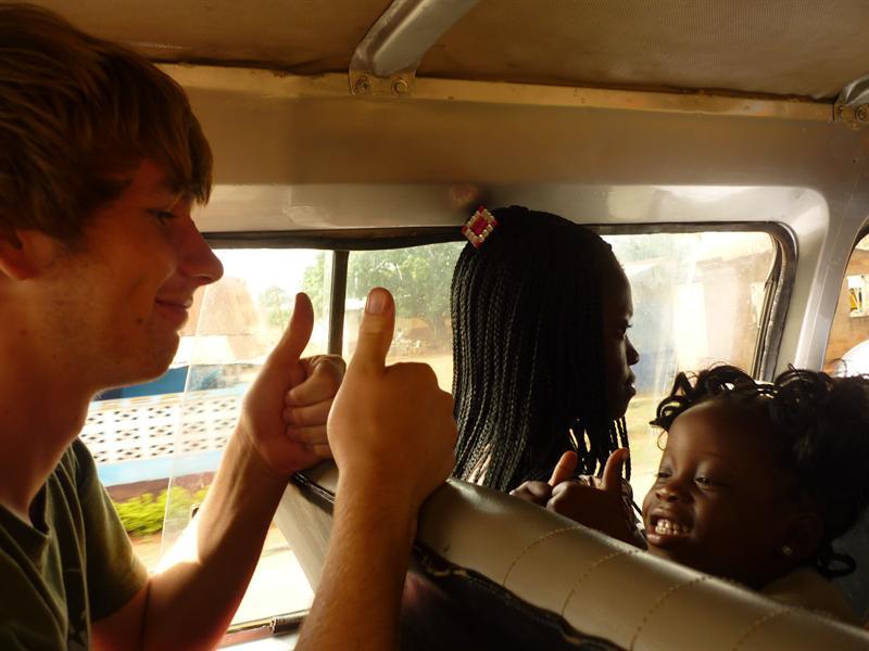 Tro-Tro nach Aburi - Tro-Trobekanntschaften