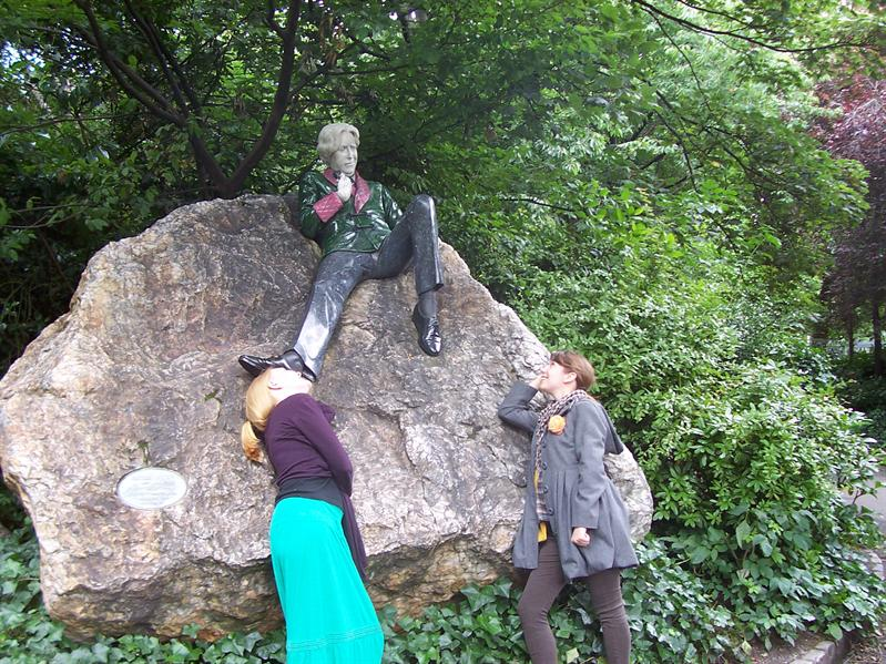 Fawning over Oscar Wilde in Merrion Square.