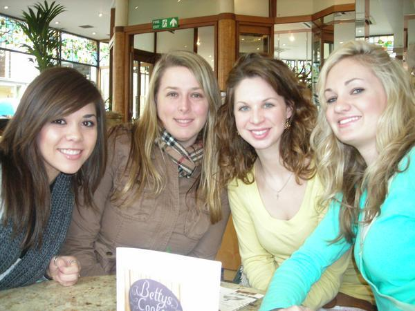 Pam, Lauren, Laura and Taylor