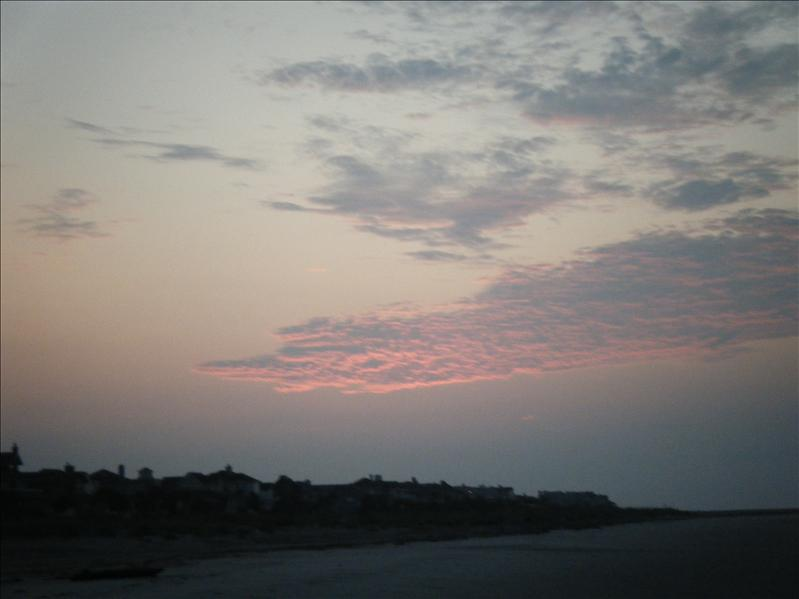 2008_0805sunrisebeach0012.JPG