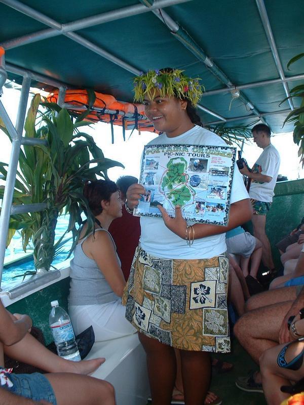 Island guide @ Huahine