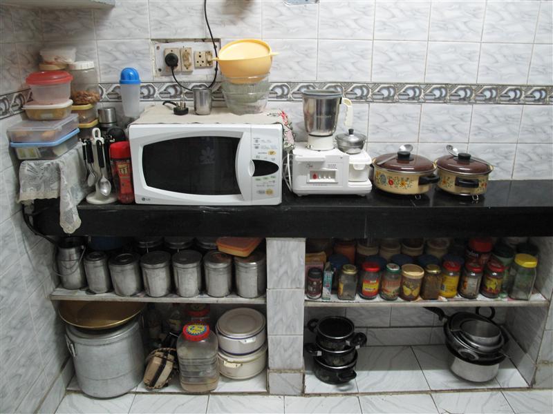 Delhi home kitchen