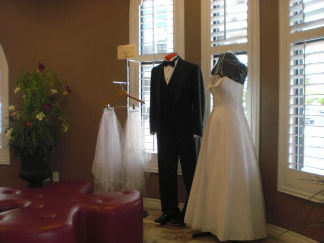 You can rent your veil @ Vegas Weddings chapel for $20