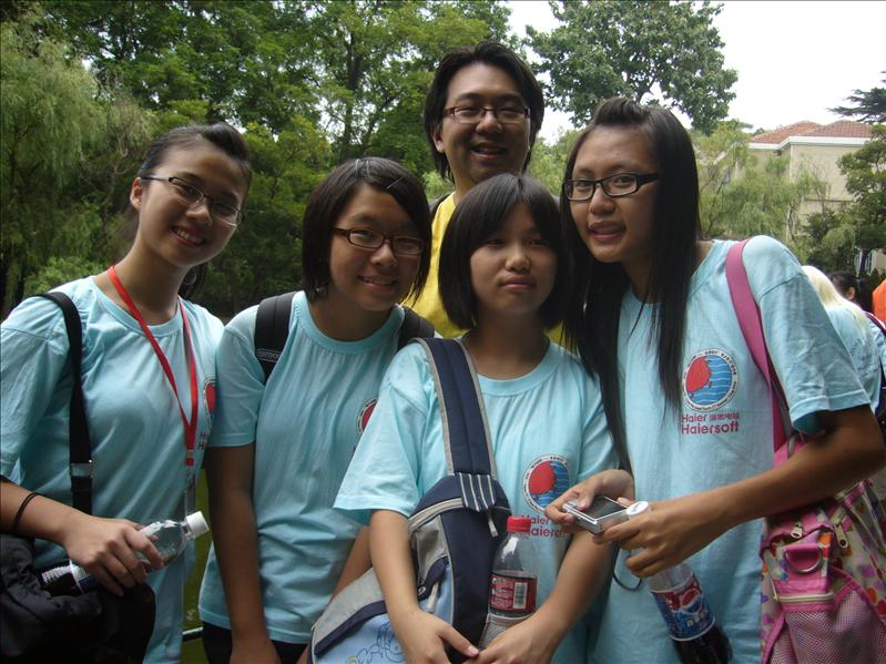 Cherry, Jessica, Stella(上海), Tiffany 與導師Rex Ma@ 八大關風景區