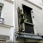 Cool sculpture on Rue de L