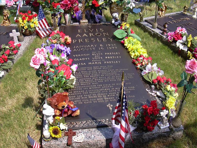 the grave of Elvis at his home in Graceland