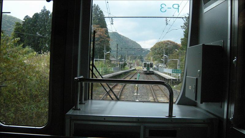 抵仙台後將行李寄放Toyoko Inn櫃檯  再轉搭JR仙山線前往今天的主要景點--山寺