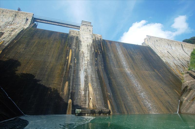 Tai Tam Intermediate Reservoir Dam 大潭中水壩