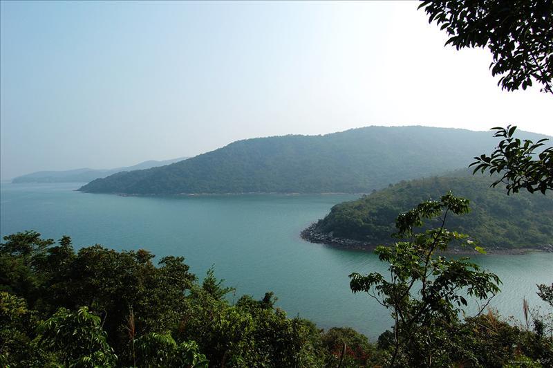 東心淇半島最高點為165米Tung Sam Kei  Peninsula