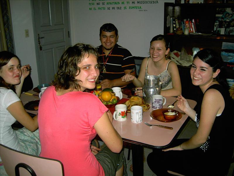 unsere ersten Gäste 2 - elsö vendégeink: Carlos, Jemima, Amira
