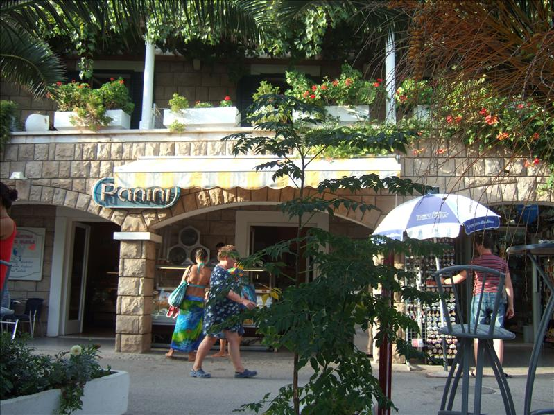 Cafe Panini, Petrovac na Moru