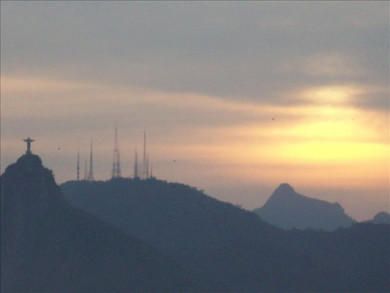 Sunset on Sugar Loaf mountain - Rio