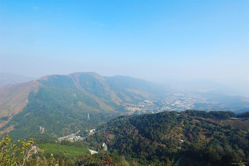大刀屻山脈及林村谷