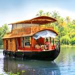 http://www.india-keralatours.com/kerala-backwaters-tours.php
