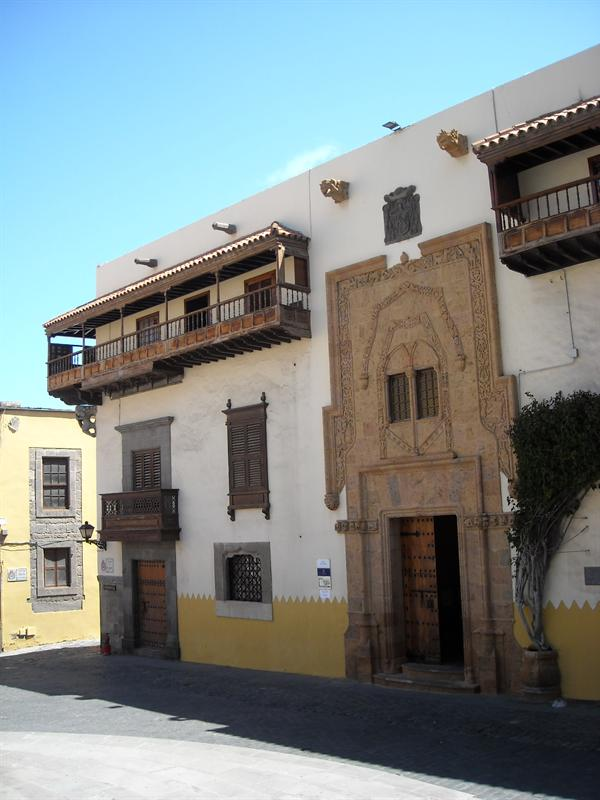 Casa de Colon (house of Columbus)