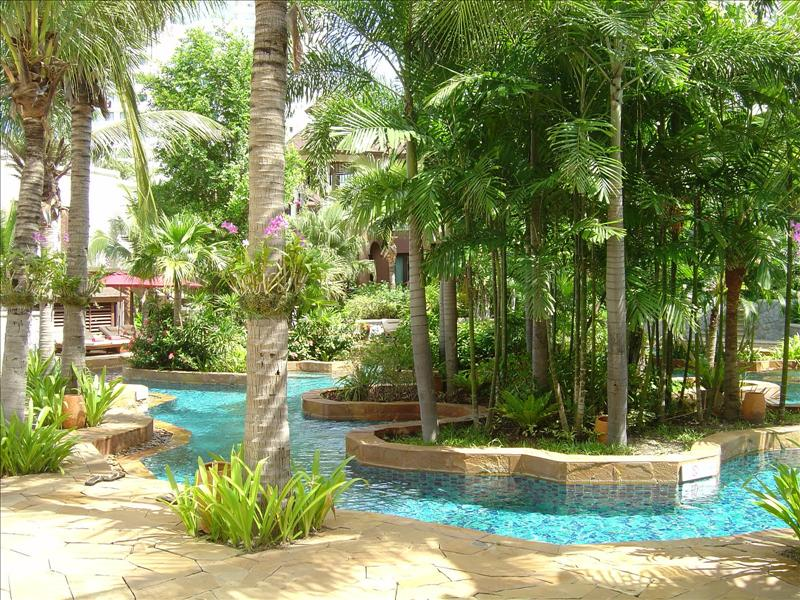serenity Lagoon-pool (just few steps away from our rooms)