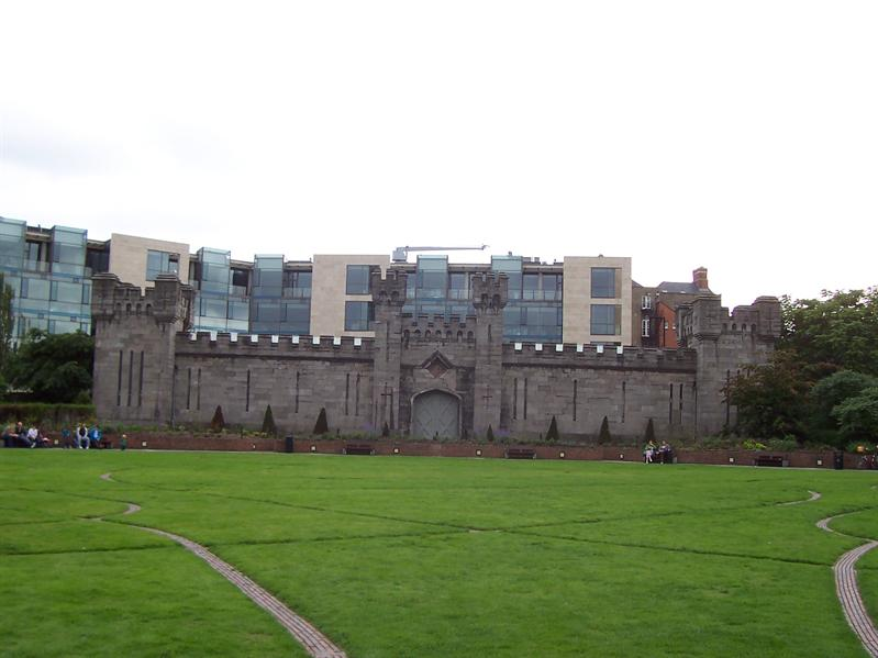 Park at Dublin Castle.