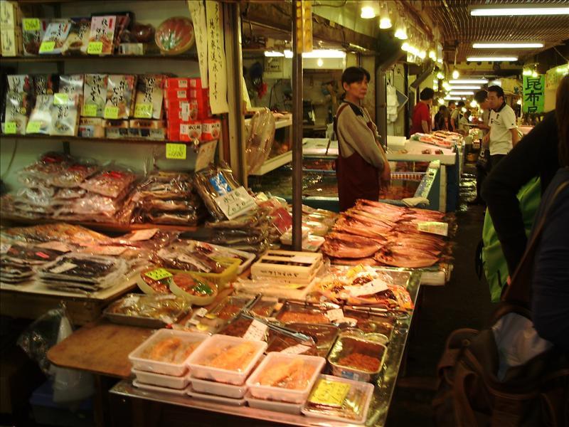 小樽三角市場2