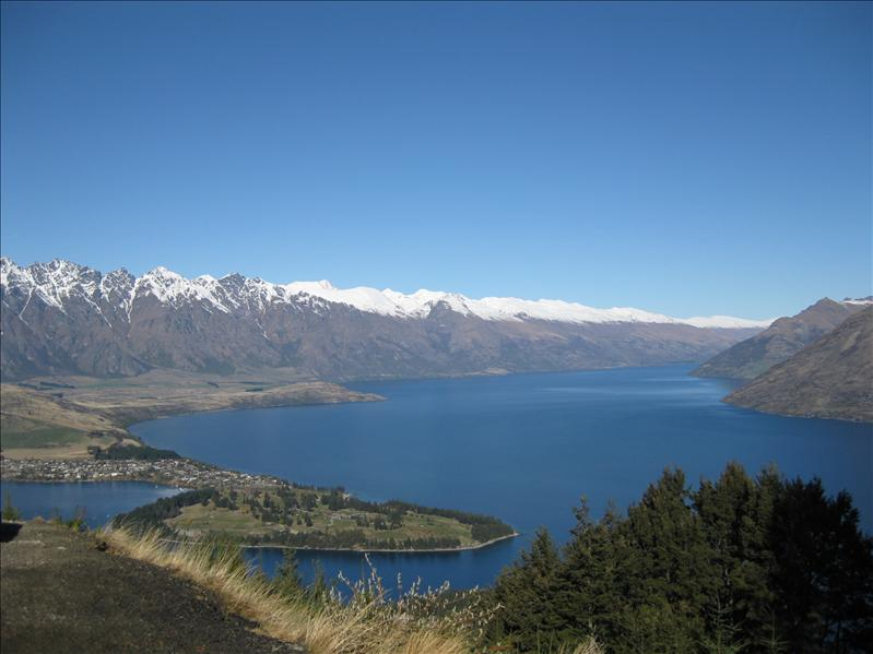 View over Queenstown lookout