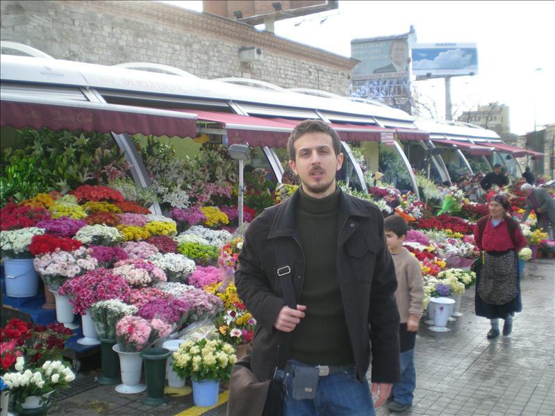 Me & Flowers.....
