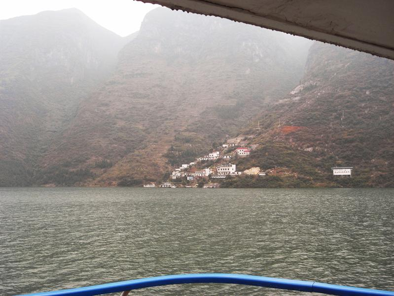 cruising down the yangtze