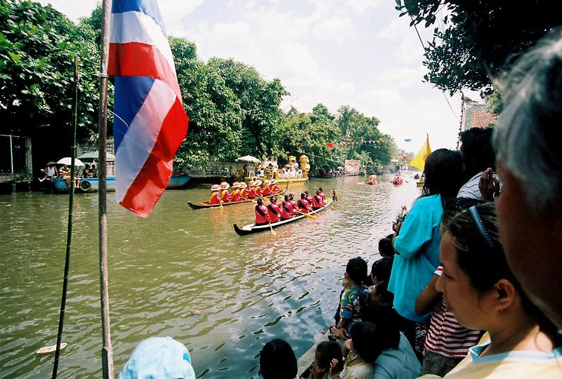 regatta in Wat Bang Khun Tian (Kang)