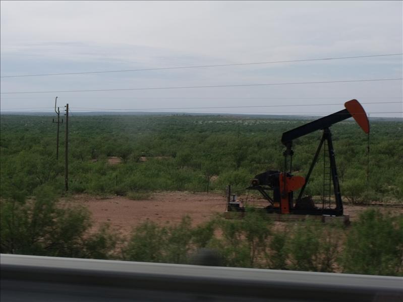 Oil pump rigs!