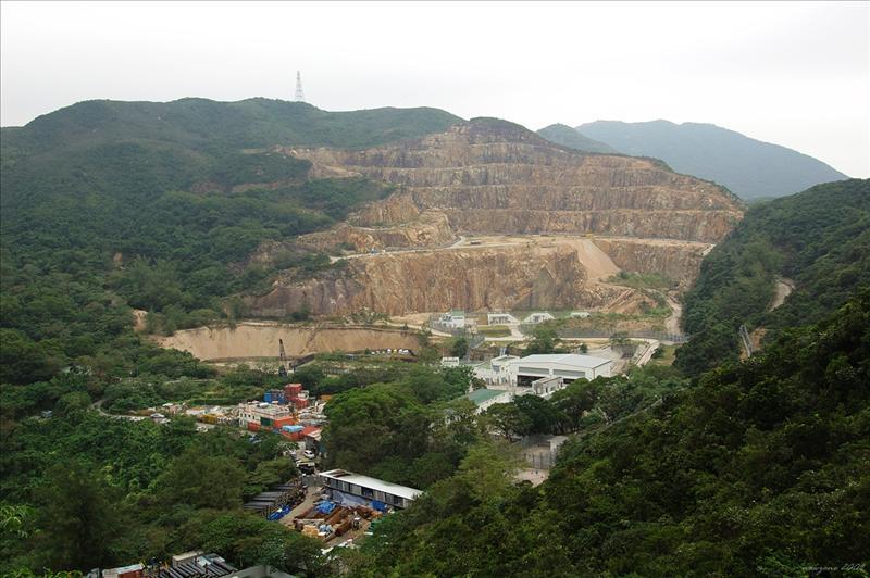 畢拉山石礦場