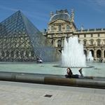 Le Louvre Pyramids