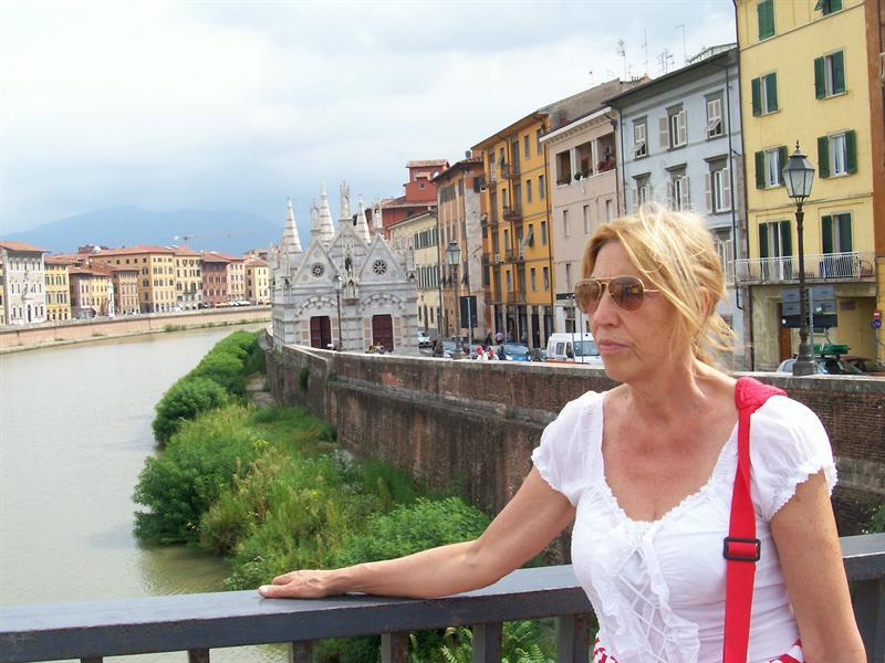 rita and Arno river