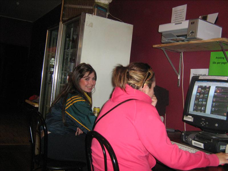 Maria and Amy in some dodgy pizza cafe in Port Fairy