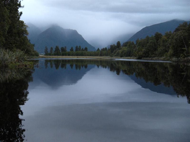 The mirror lake - Lake Matheson